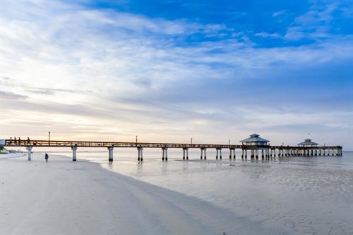 Pet Friendly Vacation Rentals In Fort Myers Beach Fl